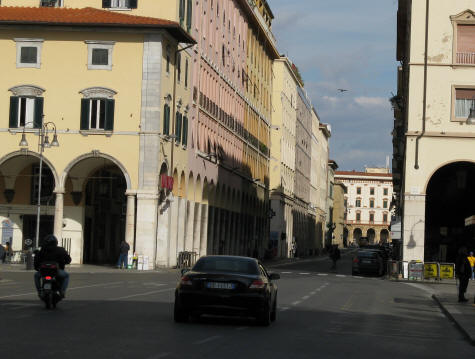 Car Rentals in Livorno