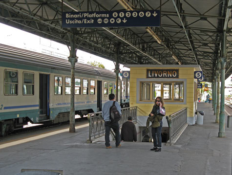 train from livorno to florence - photo#25